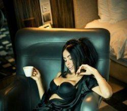 Девушка модельной внешности с удовольствием проведет время с добрым джентльменом.
